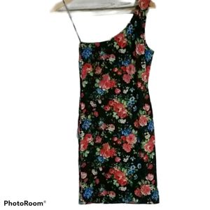 5/$25 Lined floral one strap dress in s…